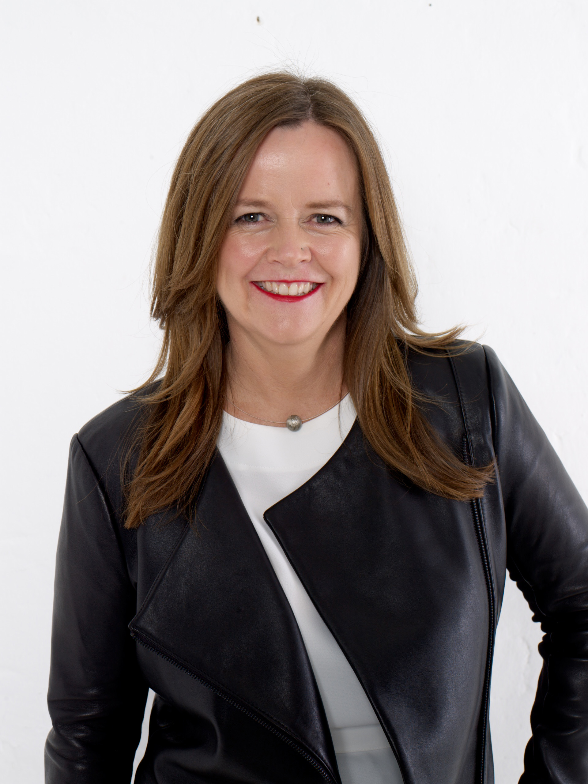 Ep 47: Tina Murray - Design it, Communicate it and Live it!