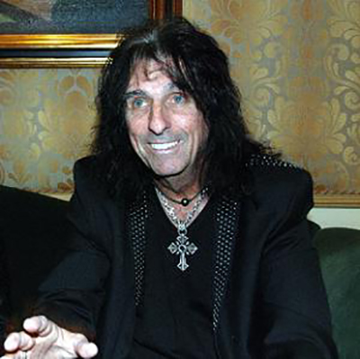Mark Lewis from R.O.A. M. Interviews Alice Cooper